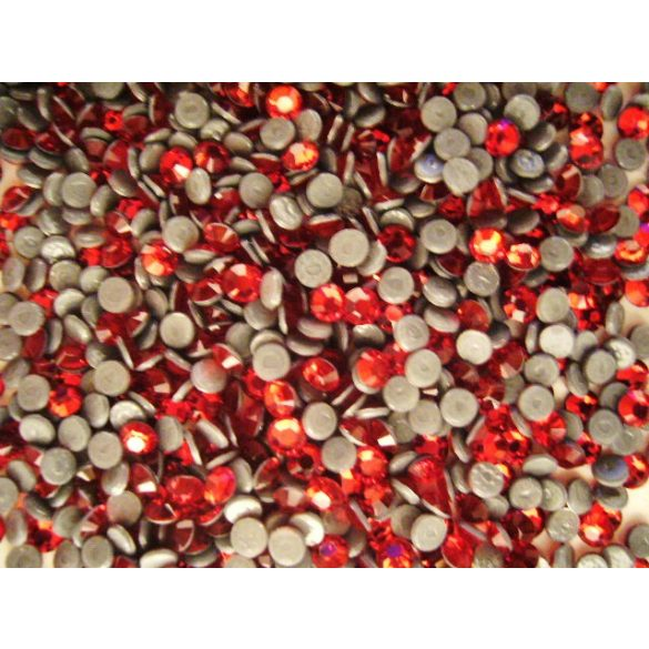 Piros sw. kristály 20db (vasalható)