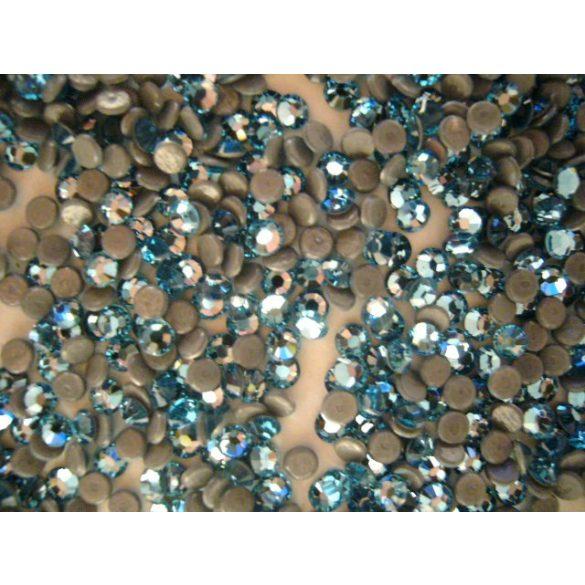 Világos kék sw.kristály 50db (vasalható)